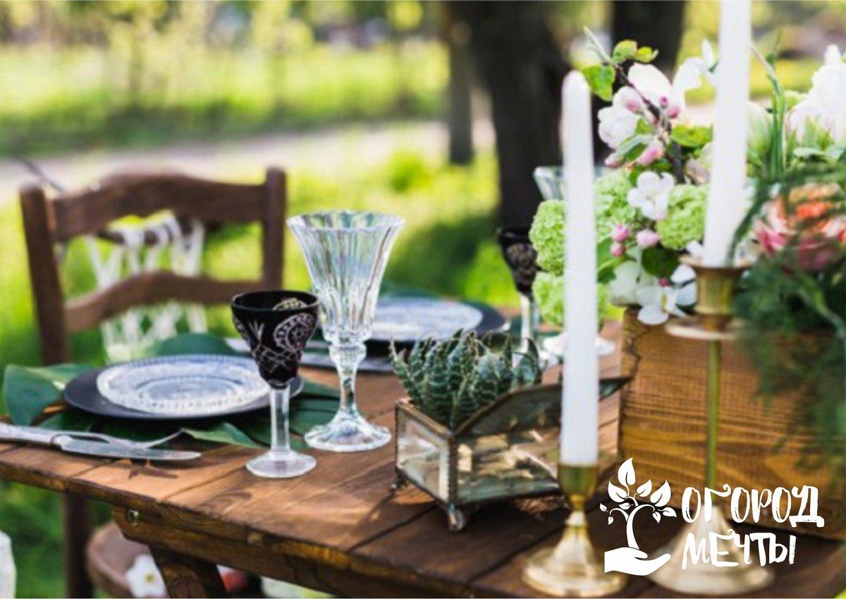 Данные варианты декора отлично подчеркнут летнее настроение на вашем дачном участке и расставят все нужные яркие акценты