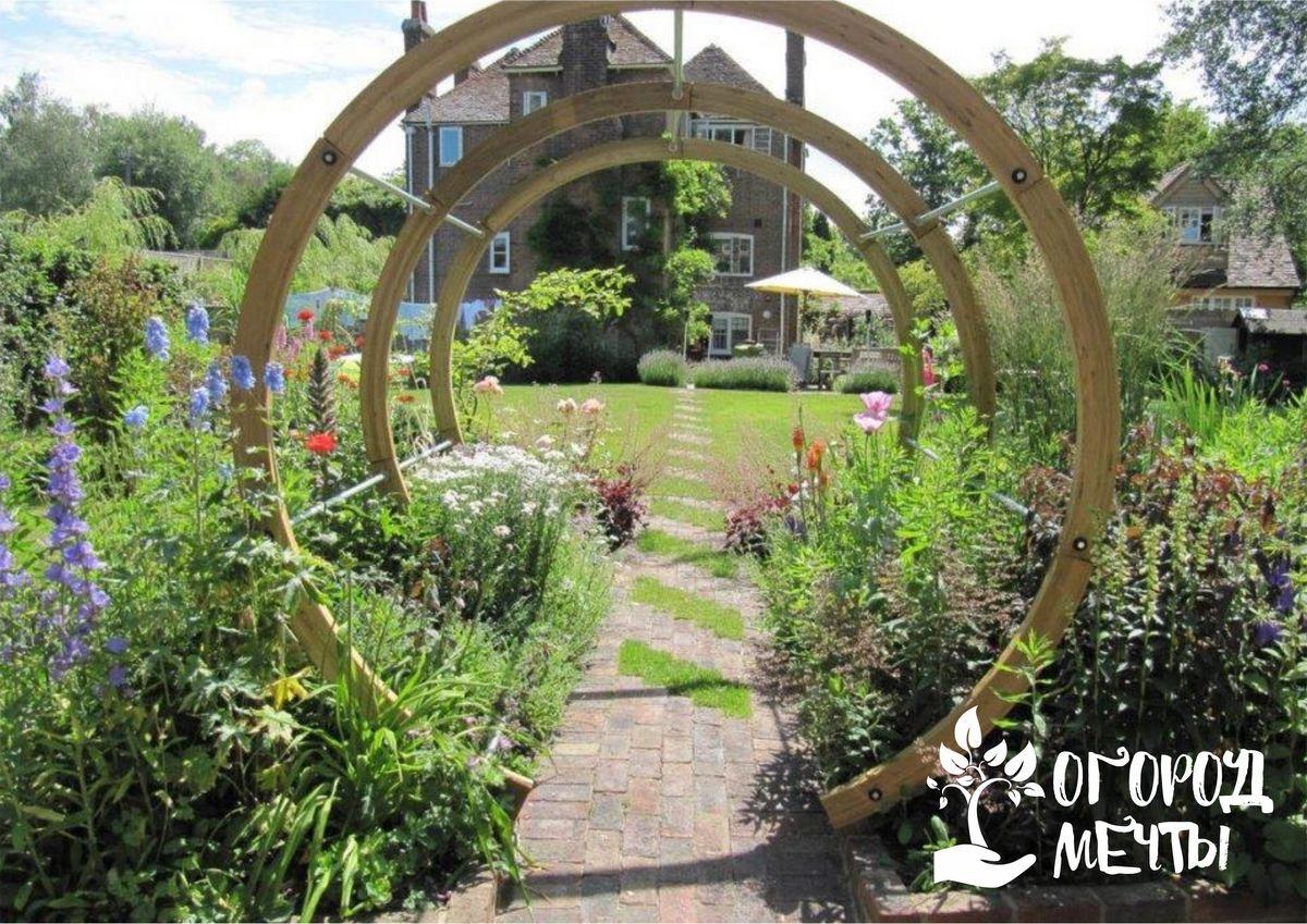 Арка в саду: где разместить конструкцию и как стильно ее украсить